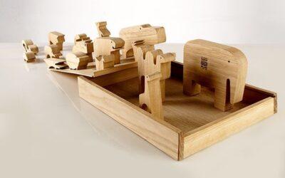 Sedici Animali Danese gioco in legno design Enzo Mari
