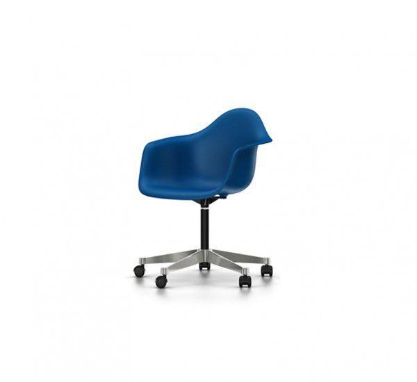 Offerta sedia Vitra Eames Plastic Armchair PACC  rivenditore autorizzato