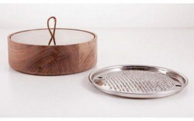 Grattugia Bari 2.0 KNindustrie legno con coperchio in vetro