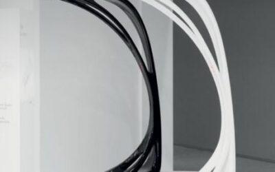 Genesy Artemide lampada da terra design Zaha Hadid