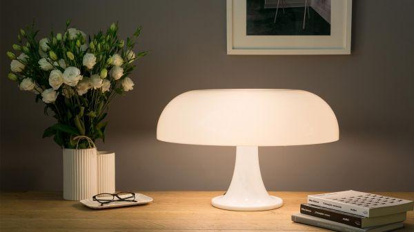 Lampada da tavolo Nesso Artemide