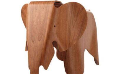 Elephant Eames in legno elefante Vitra