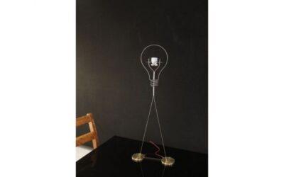 Walking Bulb Ingo Maurer lampada da tavolo led