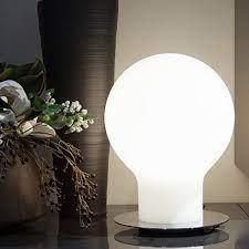 Lampada da tavolo Denq Oluce